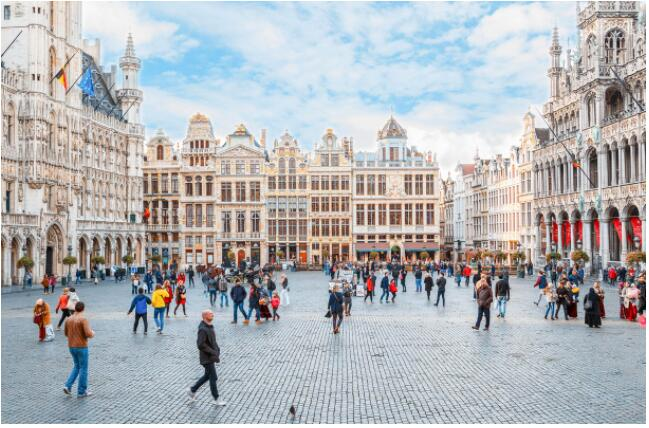 FLIGHTS, ACCOMMODATION AND MOVEMENT IN BRUSSELS